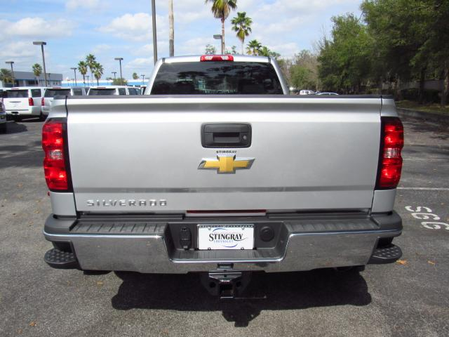 2018 Silverado 3500 Crew Cab 4x4, Pickup #JF205517 - photo 4