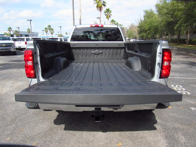 2018 Silverado 3500 Crew Cab 4x4, Pickup #JF205517 - photo 5