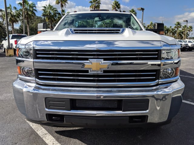 2018 Silverado 3500 Regular Cab DRW 4x2,  Reading Service Body #JF237324 - photo 9