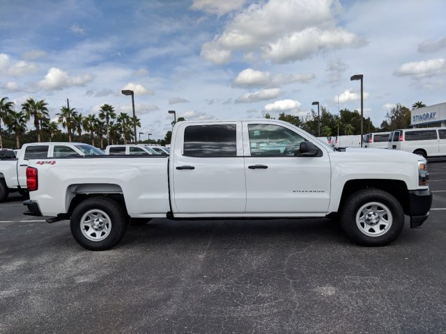 2018 Silverado 1500 Crew Cab 4x4,  Pickup #JG573412 - photo 3