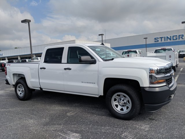 2018 Silverado 1500 Crew Cab 4x4,  Pickup #JG574840 - photo 4