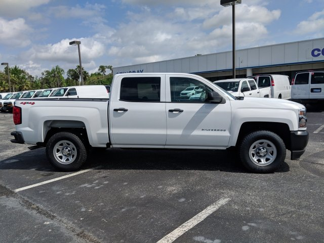 2018 Silverado 1500 Crew Cab 4x4,  Pickup #JG623442 - photo 4