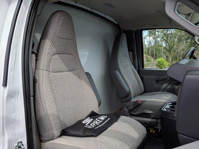 2018 Express 3500 4x2,  Supreme Cutaway Van #JN007408 - photo 12