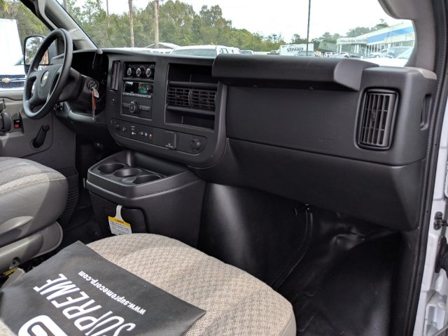 2018 Express 3500 4x2,  Supreme Cutaway Van #JN007408 - photo 14