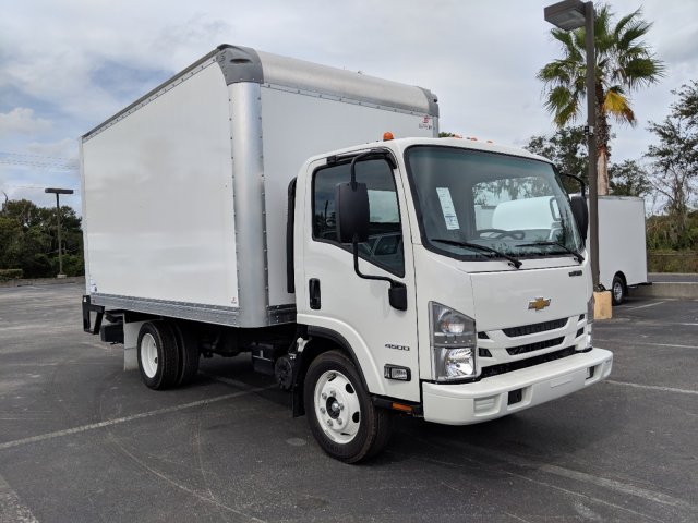 2018 LCF 4500 Regular Cab,  Supreme Signature Van Dry Freight #JS804444 - photo 3