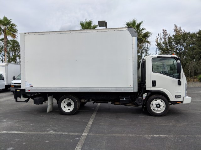 2018 LCF 4500 Regular Cab,  Supreme Signature Van Dry Freight #JS804444 - photo 4