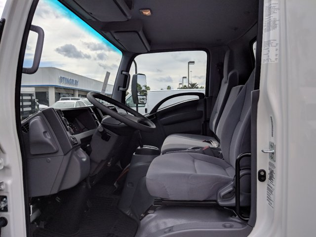 2018 LCF 4500 Regular Cab,  Supreme Signature Van Dry Freight #JS804444 - photo 17