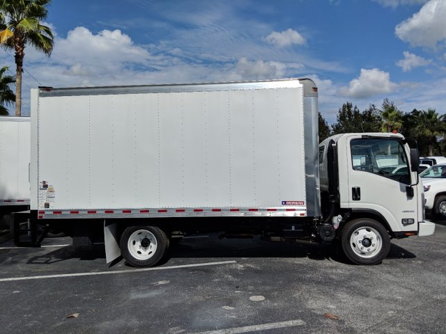 2018 LCF 4500 Regular Cab,  Dry Freight #JS805150 - photo 4