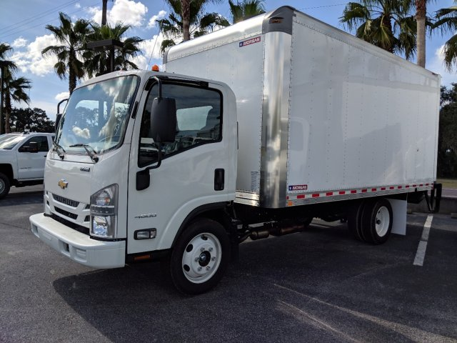 2018 LCF 4500 Regular Cab,  Dry Freight #JS805150 - photo 6