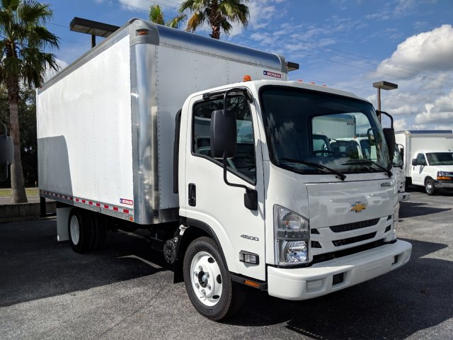 2018 LCF 4500 Regular Cab,  Dry Freight #JS805172 - photo 3