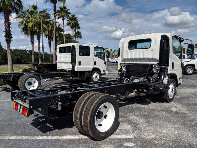 2018 LCF 4500 Regular Cab 4x2,  Cab Chassis #JS806370 - photo 2