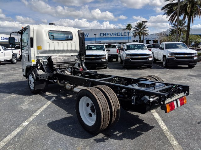 2018 LCF 4500 Regular Cab 4x2,  Cab Chassis #JS806370 - photo 5