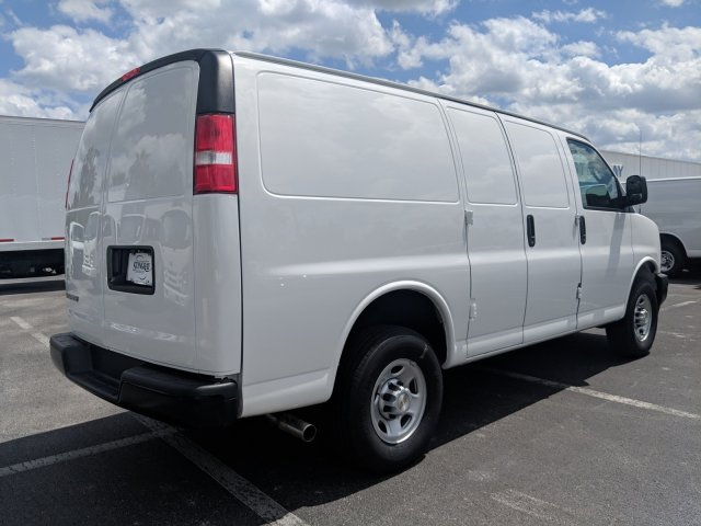 2019 Express 2500 4x2,  Masterack Steel General Service Upfitted Cargo Van #K1215258 - photo 5