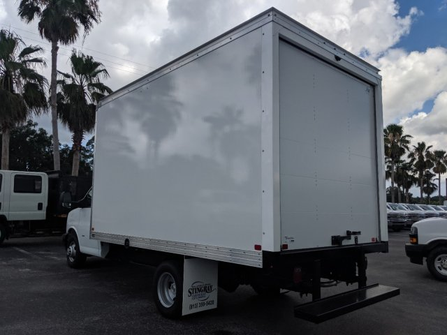 2019 Express 3500 4x2,  J&B Truck Body Cutaway Van #K1230295 - photo 7