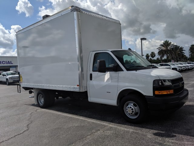 2019 Express 3500 4x2,  J&B Truck Body Cutaway Van #K1230323 - photo 6