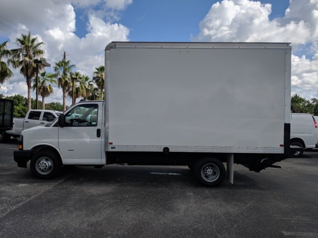 2019 Express 3500 4x2,  J&B Truck Body Cutaway Van #K1230323 - photo 4