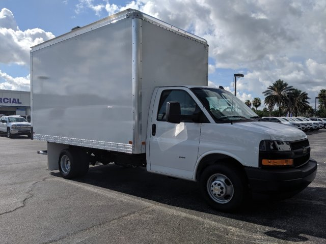 2019 Express 3500 4x2,  J&B Truck Body Cutaway Van #K1234225 - photo 5