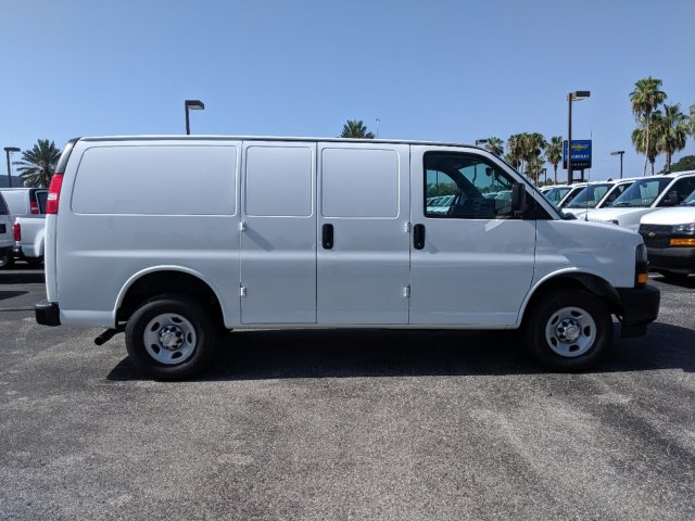 2019 Express 2500 4x2, Adrian Steel Commercial Shelving Upfitted Cargo Van #K1267909 - photo 4