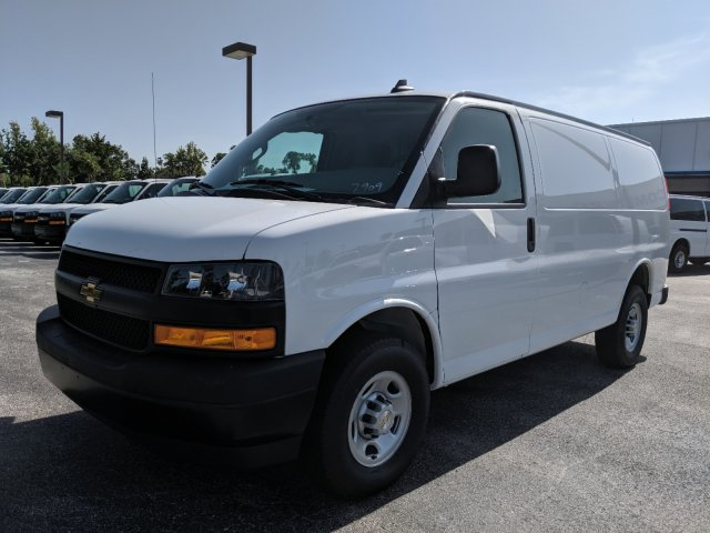 2019 Express 2500 4x2, Adrian Steel Commercial Shelving Upfitted Cargo Van #K1267909 - photo 9