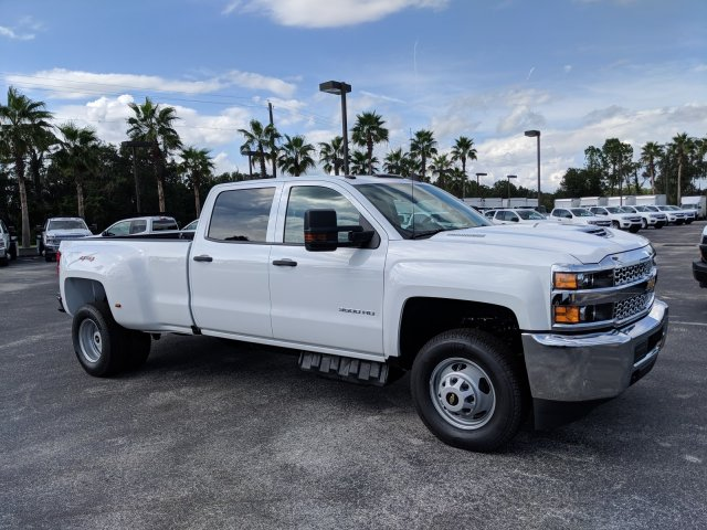 2019 Silverado 3500 Crew Cab 4x4,  Pickup #KF138541 - photo 4