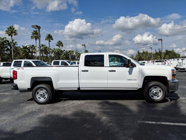 2019 Silverado 2500 Crew Cab 4x4,  Pickup #KF153997 - photo 3