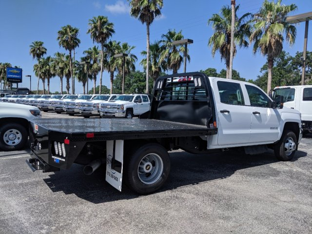 2019 Silverado 3500 Crew Cab DRW 4x4,  CM Truck Beds Platform Body #KF249810 - photo 1