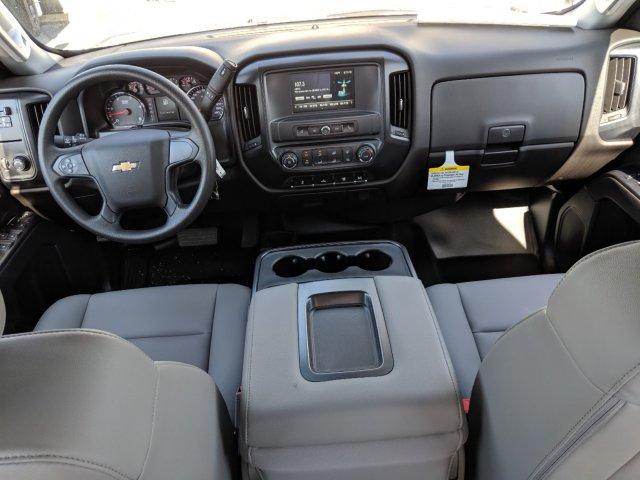 2019 Silverado 3500 Crew Cab DRW 4x4,  CM Truck Beds Platform Body #KF251417 - photo 13
