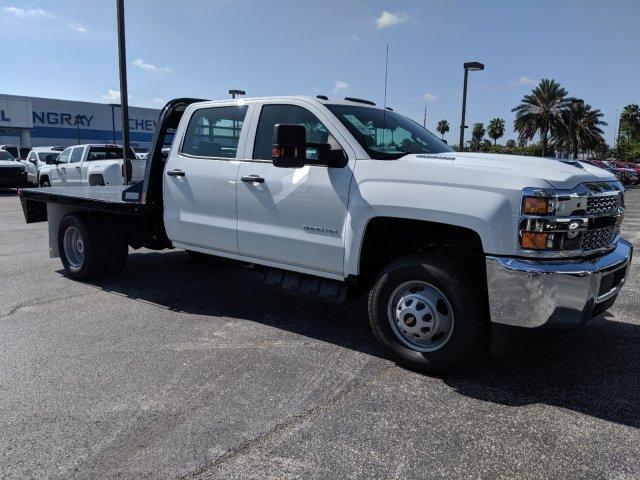 2019 Silverado 3500 Crew Cab DRW 4x4,  CM Truck Beds Platform Body #KF251417 - photo 4