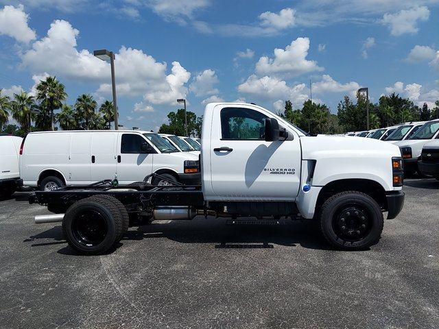2019 Chevrolet Silverado 4500 Regular Cab DRW 4x2, Cab Chassis #KH441900 - photo 4