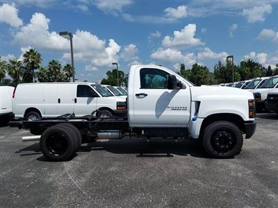 2019 Silverado Medium Duty Regular Cab DRW 4x2,  Cab Chassis #KH441900 - photo 4