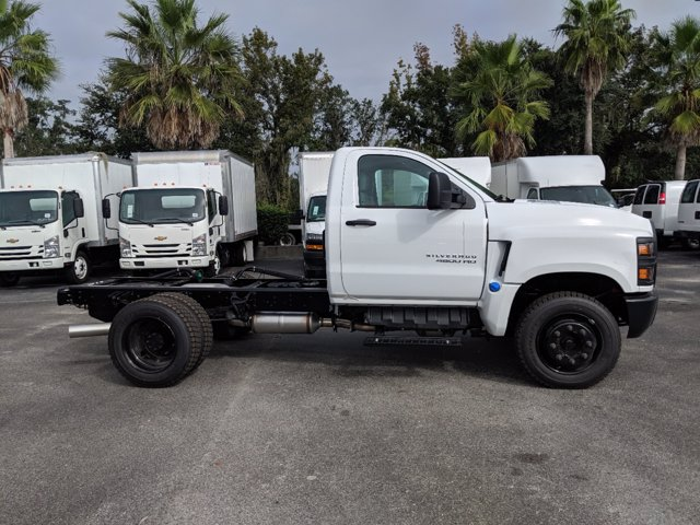 2019 Chevrolet Silverado 4500 Regular Cab DRW RWD, Cab Chassis #KH608769 - photo 4