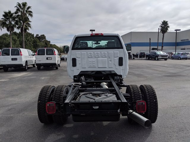 2019 Chevrolet Silverado 4500 Regular Cab DRW RWD, Cab Chassis #KH608769 - photo 5