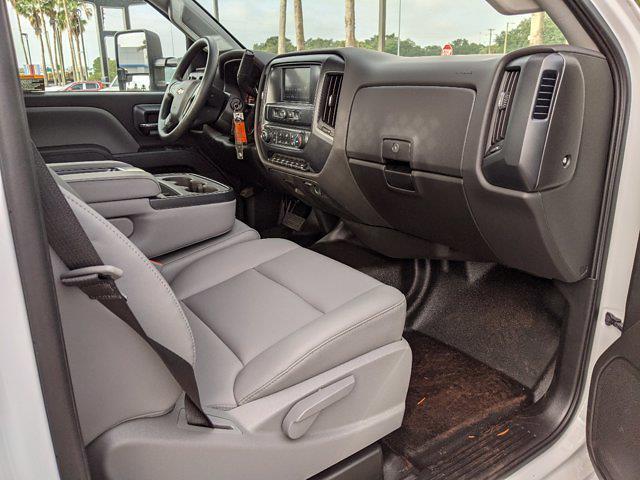 2019 Chevrolet Silverado 4500 Regular Cab DRW 4x4, Cab Chassis #KH678602 - photo 13