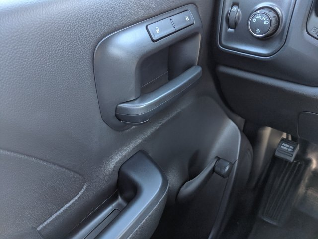 2019 Silverado 4500 Regular Cab DRW 4x2, Knapheide Value-Master X Platform Body #KH851521 - photo 17