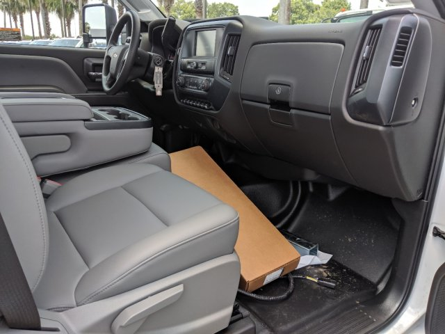 2019 Silverado Medium Duty DRW 4x2,  CM Truck Beds Service Body #KH862882 - photo 13
