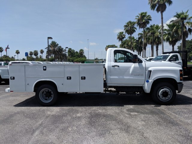 2019 Silverado Medium Duty Regular Cab DRW 4x2,  Knapheide Standard Service Body #KH863120 - photo 4