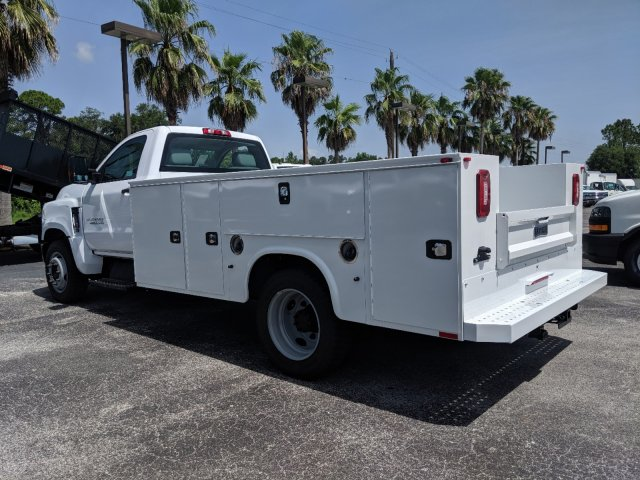 2019 Silverado Medium Duty Regular Cab DRW 4x2,  Knapheide Standard Service Body #KH863120 - photo 6