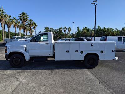 2019 Silverado Medium Duty Regular Cab DRW 4x2,  Reading Classic II Steel Service Body #KH885244 - photo 7
