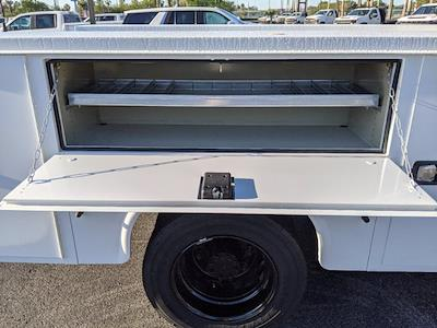 2019 Silverado Medium Duty Regular Cab DRW 4x2,  Reading Classic II Steel Service Body #KH885244 - photo 14