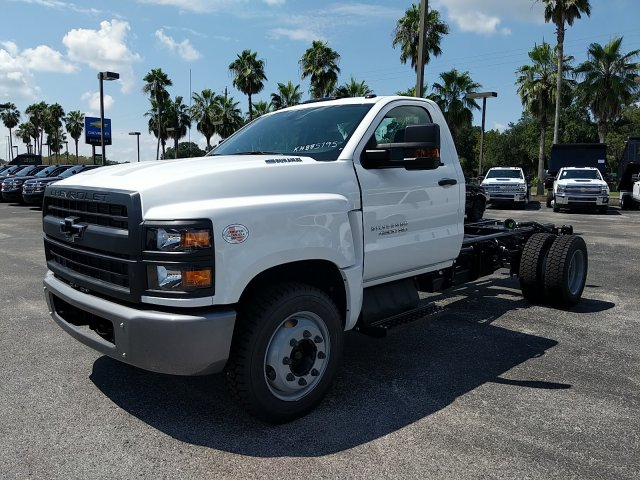 2019 Silverado Medium Duty Regular Cab DRW 4x2,  Cab Chassis #KH885795 - photo 1