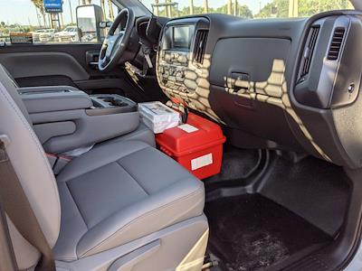 2019 Silverado Medium Duty Regular Cab DRW 4x2,  Cab Chassis #KH886018 - photo 13