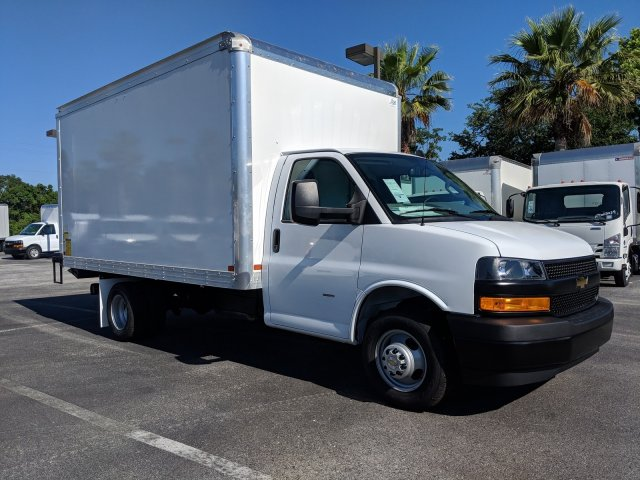 2019 Express 3500 4x2,  J&B Truck Body Cutaway Van #KN004766 - photo 3