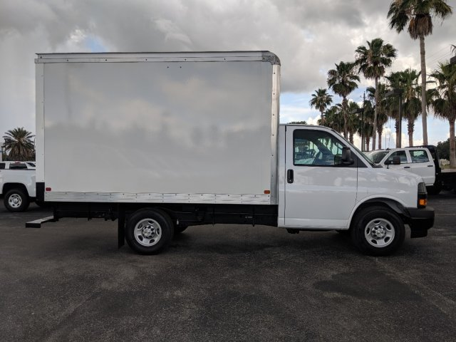2019 Express 3500 4x2,  J&B Truck Body Cutaway Van #KN005065 - photo 4