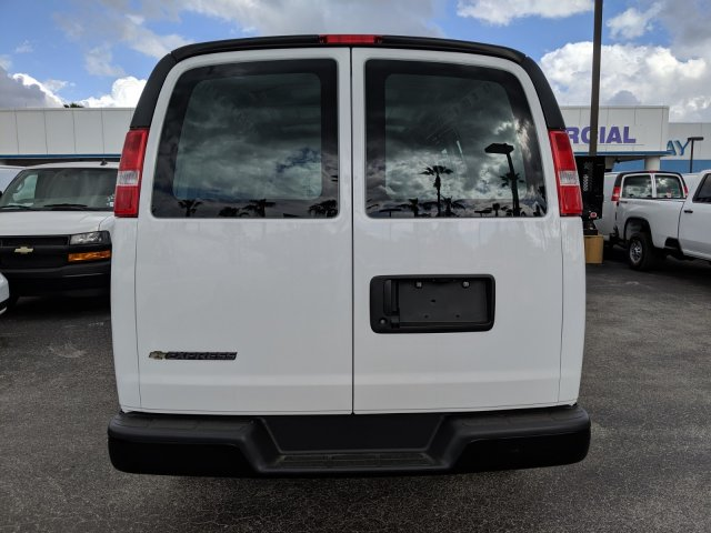 2020 Express 2500 4x2, Empty Cargo Van #L1116475 - photo 6