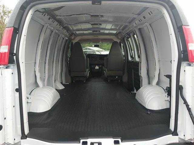 2020 Express 2500 4x2,  Empty Cargo Van #L1117860 - photo 1