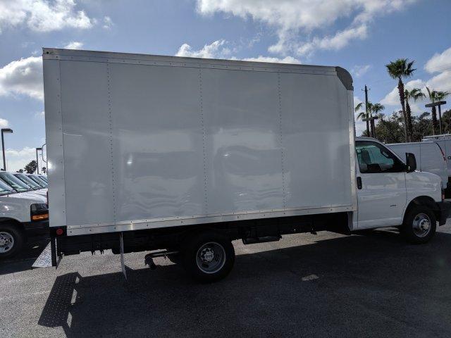 2020 Express 3500 4x2, Rockport Cutaway Van #L1142927 - photo 4