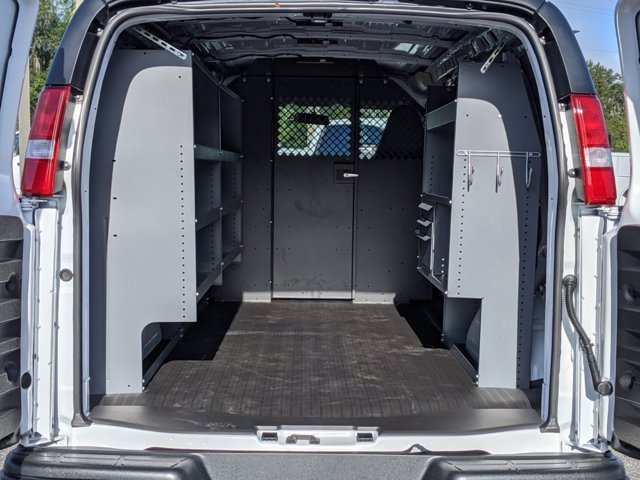 2020 Chevrolet Express 2500 4x2, Masterack Upfitted Cargo Van #L1249701 - photo 1