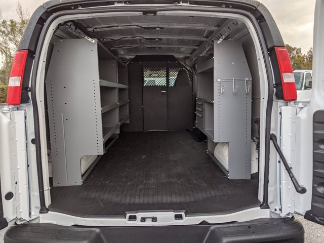 2020 Chevrolet Express 2500 4x2, Masterack Upfitted Cargo Van #L1271910 - photo 1