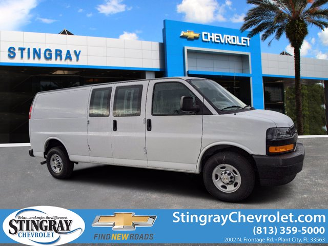 2020 Chevrolet Express 2500 4x2, Masterack Upfitted Cargo Van #L1271989 - photo 1