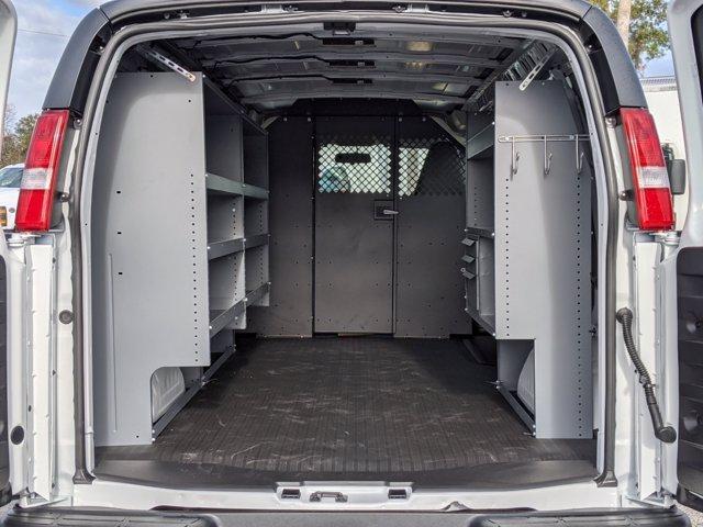 2020 Chevrolet Express 2500 4x2, Masterack Upfitted Cargo Van #L1272203 - photo 2